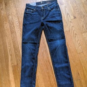 NWT 7 for all mankind jeans, slim cigarette style